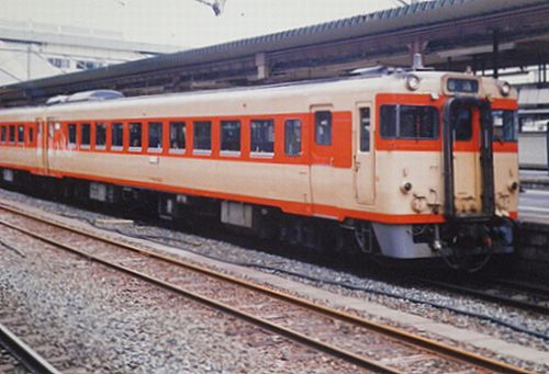 キハ58・28形(2002年6月・盛岡)2