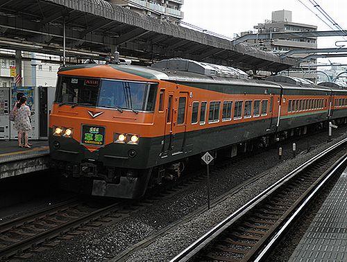 宮オオ185系OM03編成「草津31号」(2012年9月1日・赤羽駅)