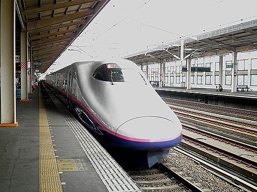東北新幹線E2系(J57編成)(2012年9月1日・小山駅)