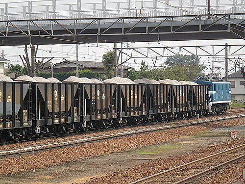 秩父鉄道貨物列車(武川駅・2012年9月30日)