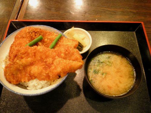 わらじカツ丼(西武秩父駅・2012年9月30日)