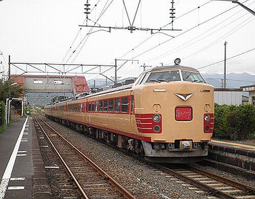 仙セン485系A1・A2編成「あいづライナー」(磐越西線安子ヶ島・2012年10月6日)3