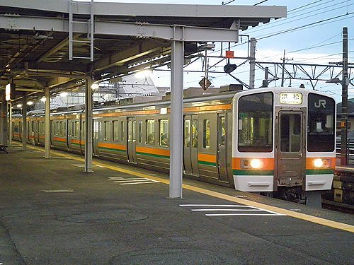 静シス211系GG9編成(2012年10月7日・島田駅)
