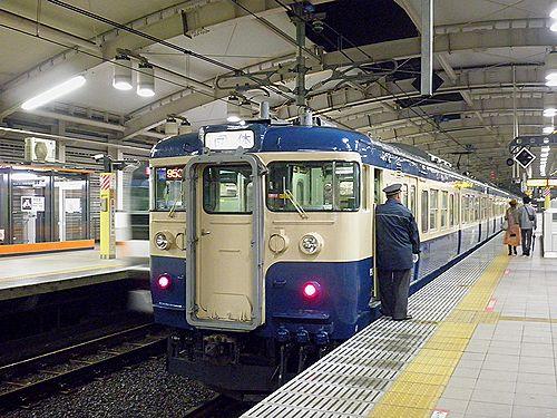 八トタ115系M40編成「立川ひまわり号」(2012年10月28日・東小金井)