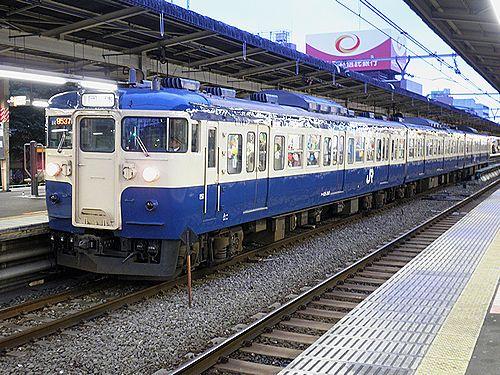 八トタ115系M4編成「立川ひまわり号」(2010年10月31日・中野)