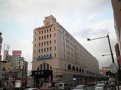 東武鉄道浅草駅(2012年10月31日)