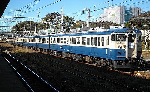 八トタ115系M40編成「むさしの奥多摩号」回送(拝島駅・2012年11月10日)