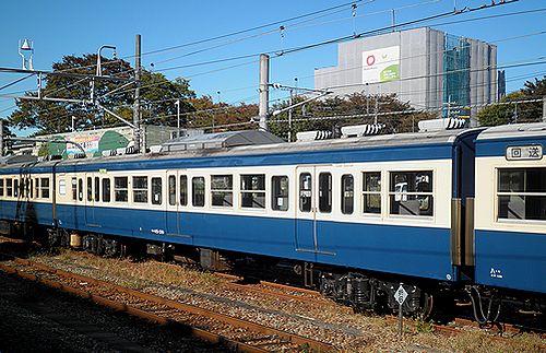 サハ115-319(八トタ)(2012年11月10日・拝島駅)