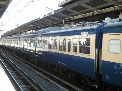 モハ114-374(八トタ)(2011年11月12日・横浜駅)