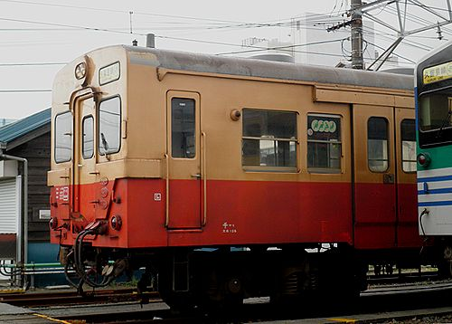 キハ30 98(千マリ)(木更津駅・2012年12月1日)2