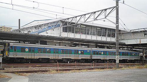 キハ38 1+ キハ38 1003(千マリ)(木更津駅・2012年12月1日)