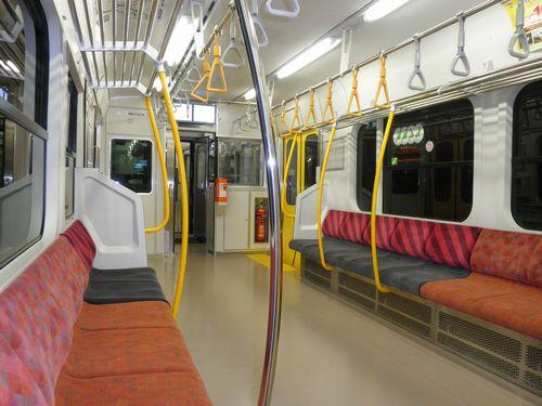 久留里線キハE130-103車内(2012年12月8日)