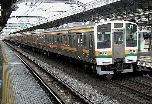 高タカ211系C8編成(2012年12月31日・赤羽駅)
