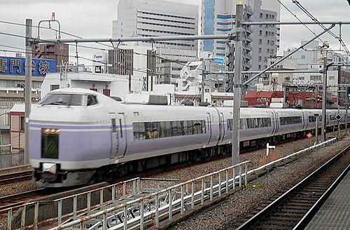 長モトE351系「スーパーあずさ79号」(2012年12月31日・大久保駅)