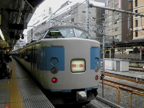 千マリ183系32編成「あずさ99号」(2012年12月31日・新宿駅)1