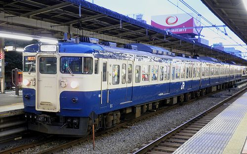 八トタ115系M4編成(2010年10月31日・中野駅)