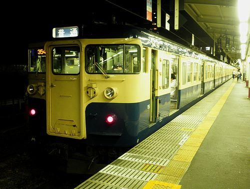 八トタ115系M7編成(2011年7月27日・甲府駅)