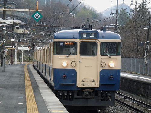 八トタ115系M8編成(2012年12月29日・四方津駅)