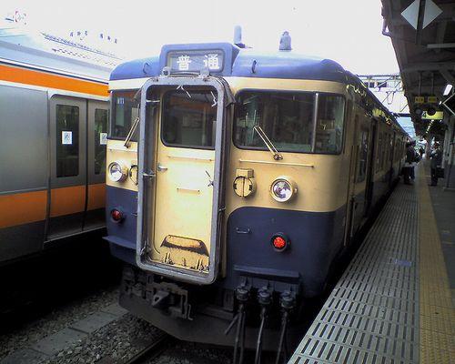 八トタ115系M11編成(2010年5月8日・高尾駅)