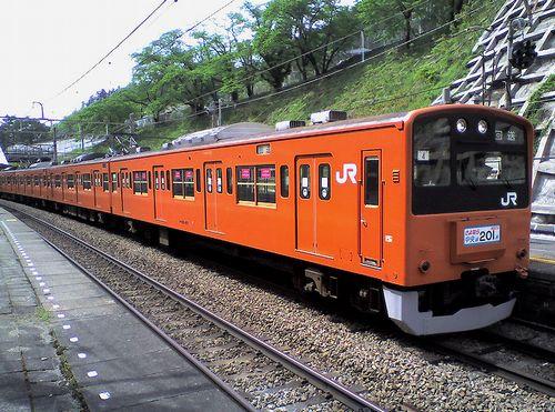 八トタ201系H4編成(2010年5月8日・甲斐大和駅)