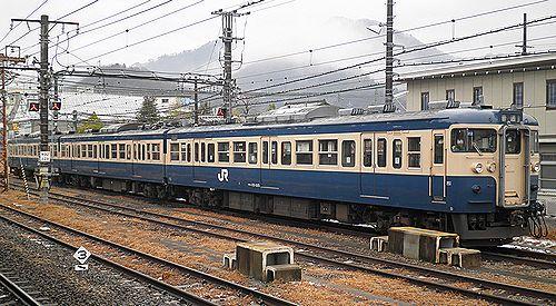 八トタ115系M12編成(2012年12月29日・大月駅)
