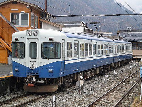 富士急行1200形・1202編成(2012年12月29日・大月駅)