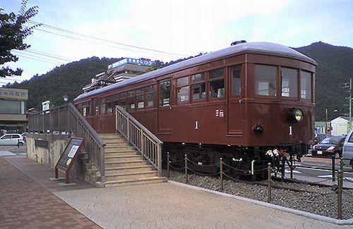 富士山麓電気鉄道モ1形(2010年8月29日・河口湖駅前)