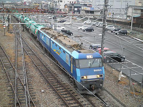 EH200-4[高]牽引・中央本線85列車(2012年12月29日・大月駅)