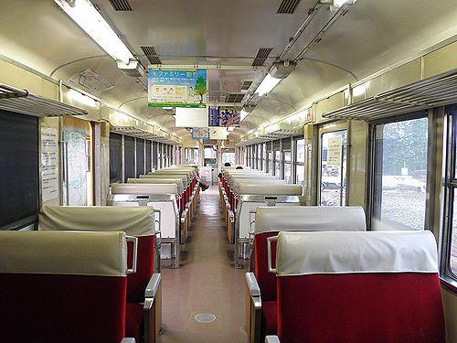 富山地方鉄道モハ10030系車内(2011年10月10日・岩峅寺駅)