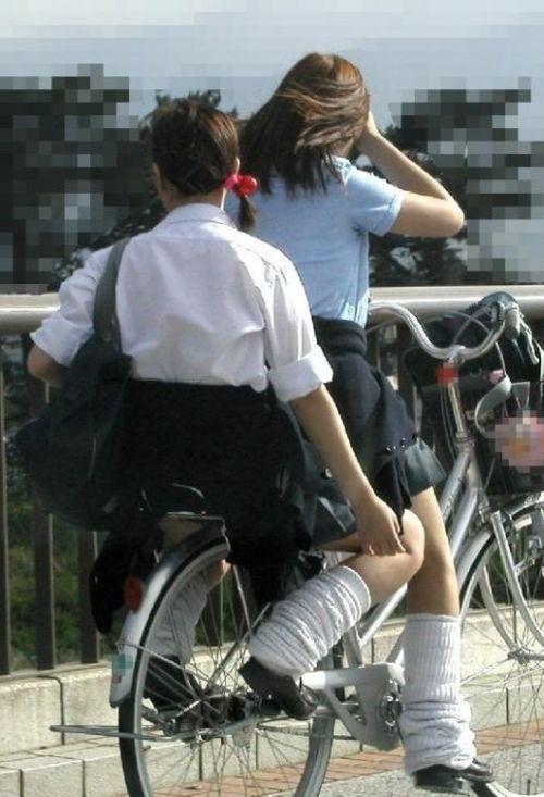 【三次画像あり】 ミニスカの女子高生が自転車に乗ってるとドキっとするよね! 53枚 part.13 No.7