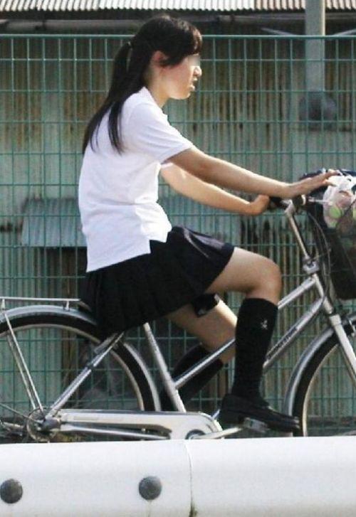 【三次画像あり】 ミニスカの女子高生が自転車に乗ってるとドキっとするよね! 53枚 part.13 No.8