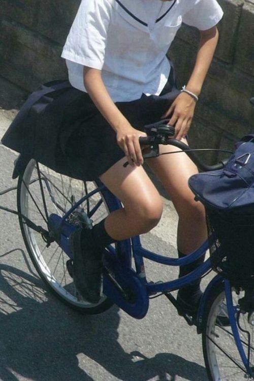 【三次画像あり】 ミニスカの女子高生が自転車に乗ってるとドキっとするよね! 53枚 part.13 No.13