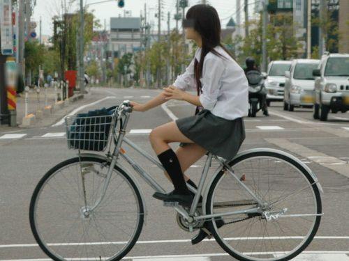 【三次画像あり】 ミニスカの女子高生が自転車に乗ってるとドキっとするよね! 53枚 part.13 No.14