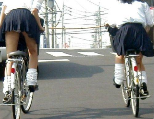 【三次画像あり】 ミニスカの女子高生が自転車に乗ってるとドキっとするよね! 53枚 part.13 No.16