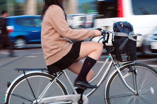 【三次画像あり】 ミニスカの女子高生が自転車に乗ってるとドキっとするよね! 53枚 part.13 No.19