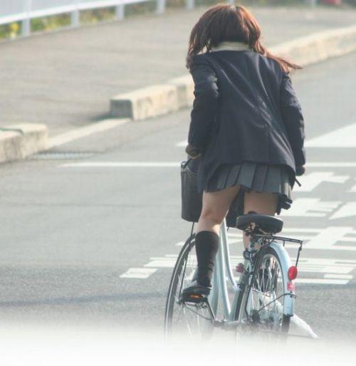 【三次画像あり】 ミニスカの女子高生が自転車に乗ってるとドキっとするよね! 53枚 part.13 No.22