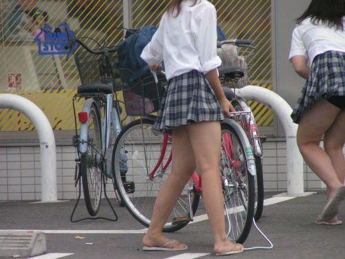 【三次画像あり】 ミニスカの女子高生が自転車に乗ってるとドキっとするよね! 53枚 part.13 No.31