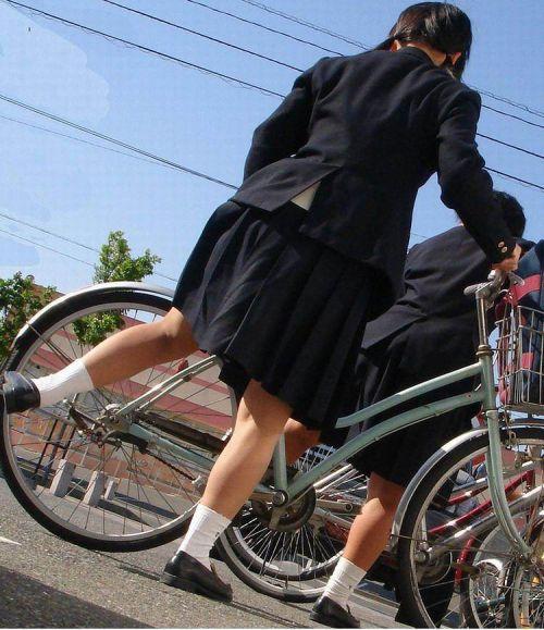 【三次画像あり】 ミニスカの女子高生が自転車に乗ってるとドキっとするよね! 53枚 part.13 No.36