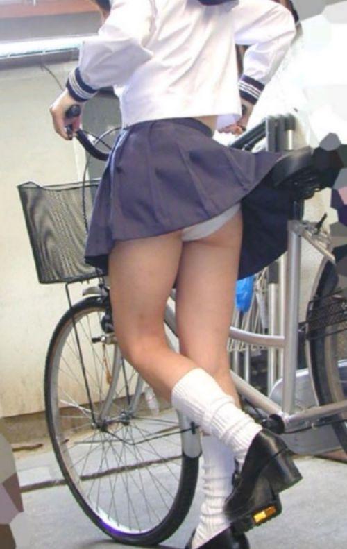 【三次画像あり】 ミニスカの女子高生が自転車に乗ってるとドキっとするよね! 53枚 part.13 No.39