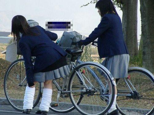 【三次画像あり】 JKがミニスカで自転車に乗ってる姿を後ろから眺めるの幸せすぎ♪ 52枚 part.12 No.1