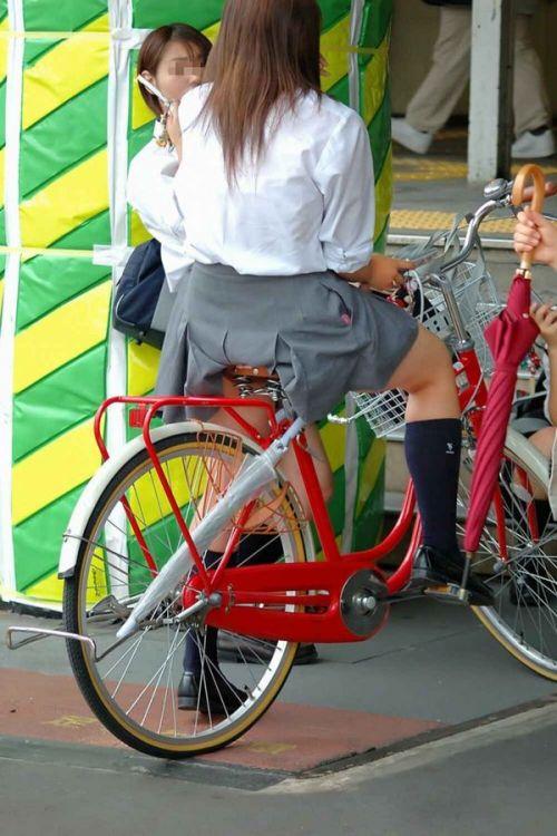 【三次画像あり】 JKがミニスカで自転車に乗ってる姿を後ろから眺めるの幸せすぎ♪ 52枚 part.12 No.4