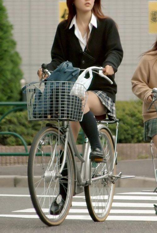 【三次画像あり】 JKがミニスカで自転車に乗ってる姿を後ろから眺めるの幸せすぎ♪ 52枚 part.12 No.13