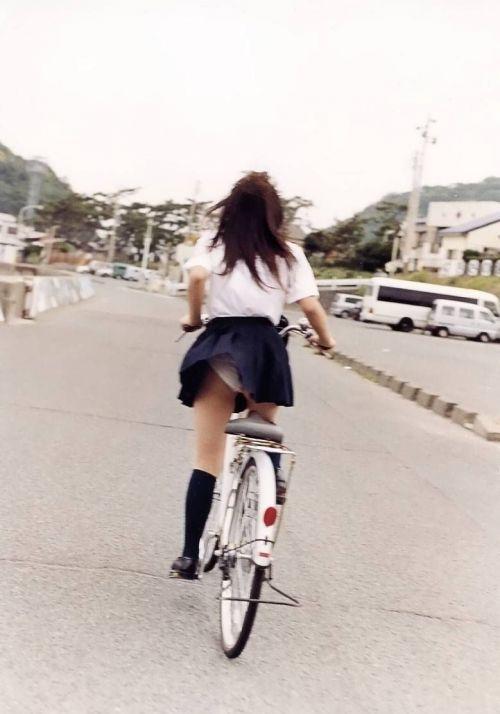 【三次画像あり】 JKがミニスカで自転車に乗ってる姿を後ろから眺めるの幸せすぎ♪ 52枚 part.12 No.21