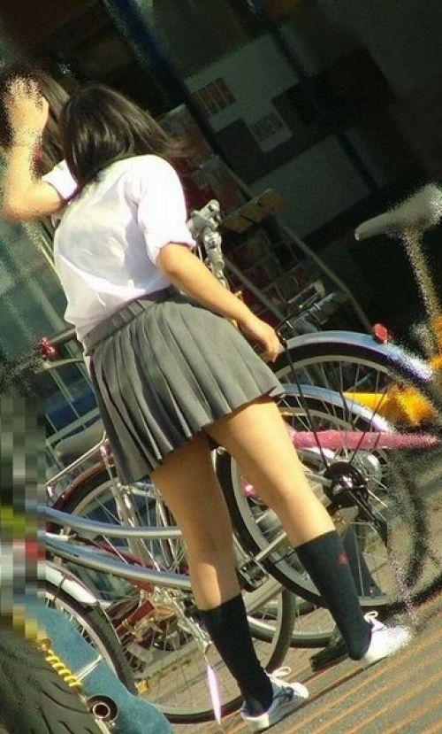 【三次画像あり】 JKがミニスカで自転車に乗ってる姿を後ろから眺めるの幸せすぎ♪ 52枚 part.12 No.24