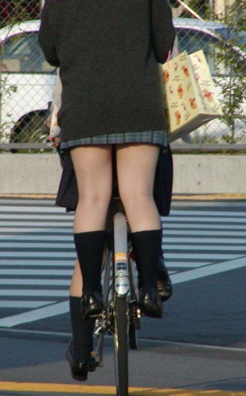 【三次画像あり】 JKがミニスカで自転車に乗ってる姿を後ろから眺めるの幸せすぎ♪ 52枚 part.12 No.25