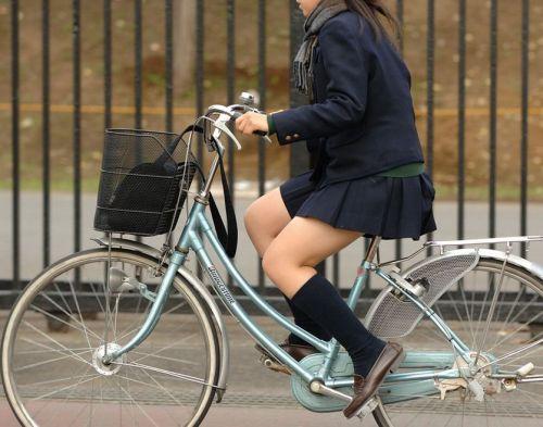 【三次画像あり】 JKがミニスカで自転車に乗ってる姿を後ろから眺めるの幸せすぎ♪ 52枚 part.12 No.33