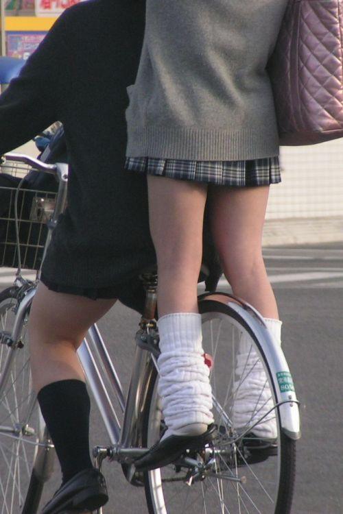 【三次画像あり】 JKがミニスカで自転車に乗ってる姿を後ろから眺めるの幸せすぎ♪ 52枚 part.12 No.35