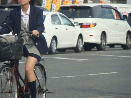 【三次画像あり】 JKがミニスカで自転車に乗ってる姿を後ろから眺めるの幸せすぎ♪ 52枚 part.12 No.45