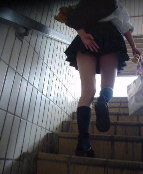 【三次】 下からJKのスカートの中のパンチラ画像ってエロイよね! 28枚 part.8 No.2