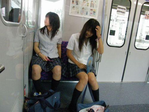 【三次】 電車通学JKの無防備な登校中画像いっぱい見ちゃう? 53枚 part.10 No.8